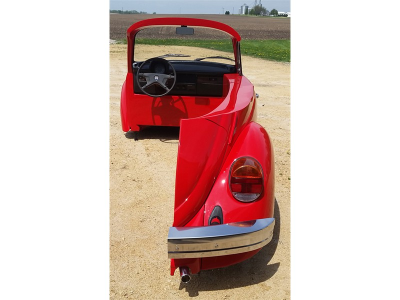 new_retro_cars_vw_bug_car_desk_slide_1